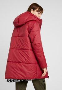 Nike Sportswear - FILL - Winterjas - team red/white - 2