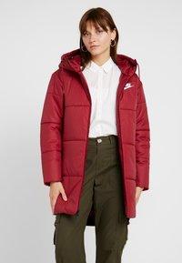 Nike Sportswear - FILL - Winterjas - team red/white - 0