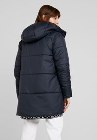Nike Sportswear - FILL - Winter coat - black/white - 2