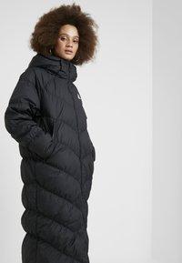 Nike Sportswear - FILL PARKA  - Down coat - black - 4
