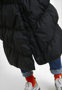 Nike Sportswear - FILL PARKA  - Down coat - black - 5