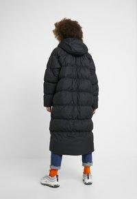 Nike Sportswear - FILL PARKA  - Down coat - black - 2