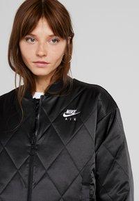 Nike Sportswear - SYN FILL  - Bomber bunda - black - 4