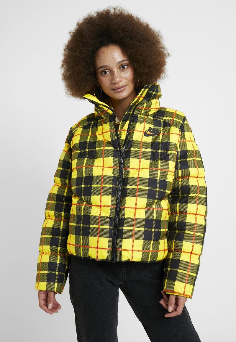 Nike Sportswear - Winterjacke - chrome yellow/black