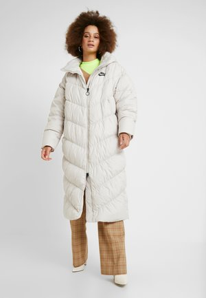FILL - Winter coat - desert sand/pale ivory/black