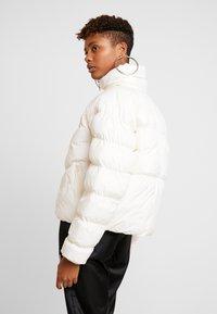 Nike Sportswear - SYN FILL - Winter jacket - pale ivory - 2