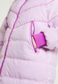 Nike Sportswear - Kabát zprachového peří - vivid purple - 7
