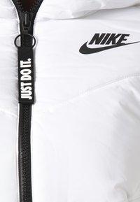 Nike Sportswear - REGULAR FIT - Winterjas - white - 3