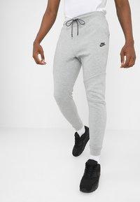 Nike Sportswear - TECH - Pantaloni sportivi - grey - 0