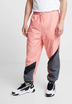 PANT - Pantalon de survêtement - pink gaze/black