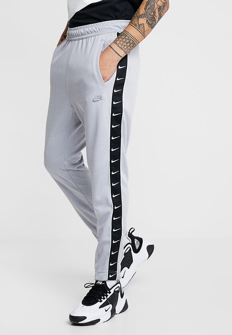 Nike Sportswear - PANT - Pantalon de survêtement - wolf grey/white