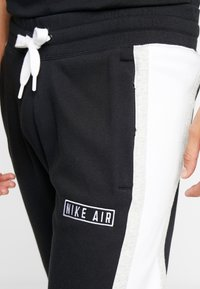 Nike Sportswear - AIR  - Pantalon de survêtement - black/white/grey heather - 3