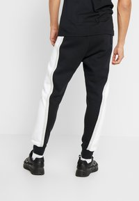 Nike Sportswear - AIR  - Pantalon de survêtement - black/white/grey heather - 2