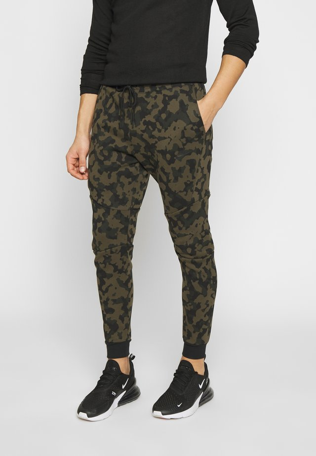 Trainingsbroek - medium olive/black