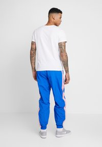 Nike Sportswear - PANT - Trainingsbroek - game royal/pink gaze/white - 2