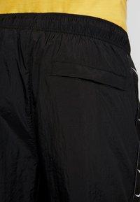 Nike Sportswear - PANT - Spodnie treningowe - black/white - 4