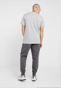 Nike Sportswear - Joggebukse - charcoal heather - 2