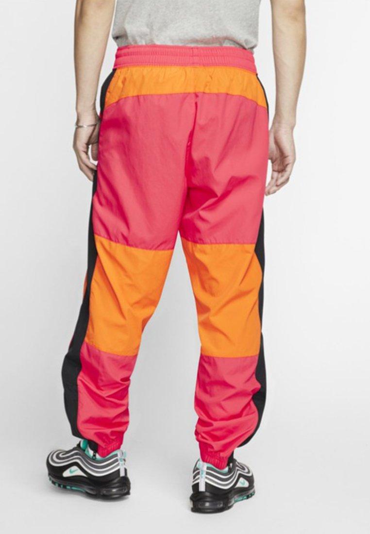 De Issue Survêtement Ceramic white PantPantalon Nike Sportswear Bright black Nwyn0OP8vm
