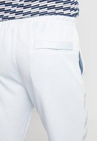 Nike Sportswear - SUBSET - Pantalon de survêtement - pure platinum - 3