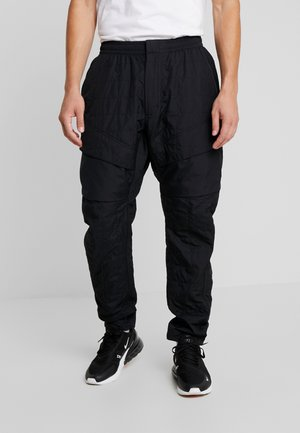 PANT - Joggebukse - black