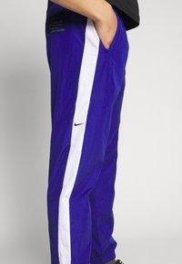 Nike Sportswear - Verryttelyhousut - deep royal blue/white - 5