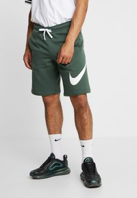 Nike Sportswear - CLUB EXPLOSIVE - Pantaloni sportivi - galactic jade/white - 0