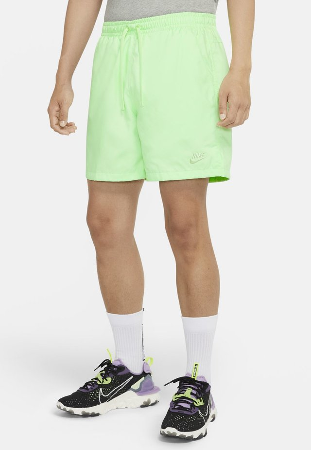 FLOW - Shorts - vapour green/vapour green