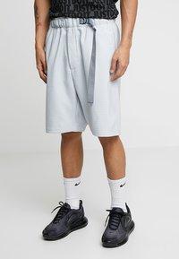 Nike Sportswear - GRID - Shorts - pure platinum/summit white - 0