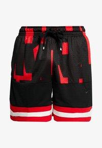 Nike Sportswear - AIR - Shorts - university red/black - 3