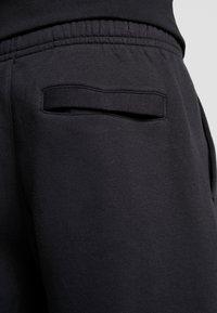Nike Sportswear - Shorts - black/white - 5