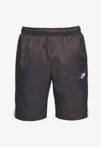 Nike Sportswear - CORE  - Shorts - anthracite/vast grey - 4