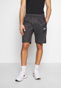 Nike Sportswear - CORE  - Shorts - anthracite/vast grey - 0