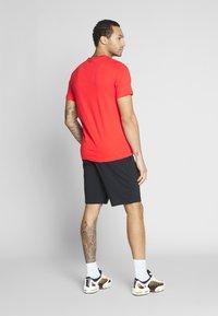 Nike Sportswear - CLUB - Szorty - black/white - 2