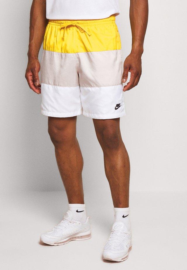 Shorts - opti yellow/light bone/white/black