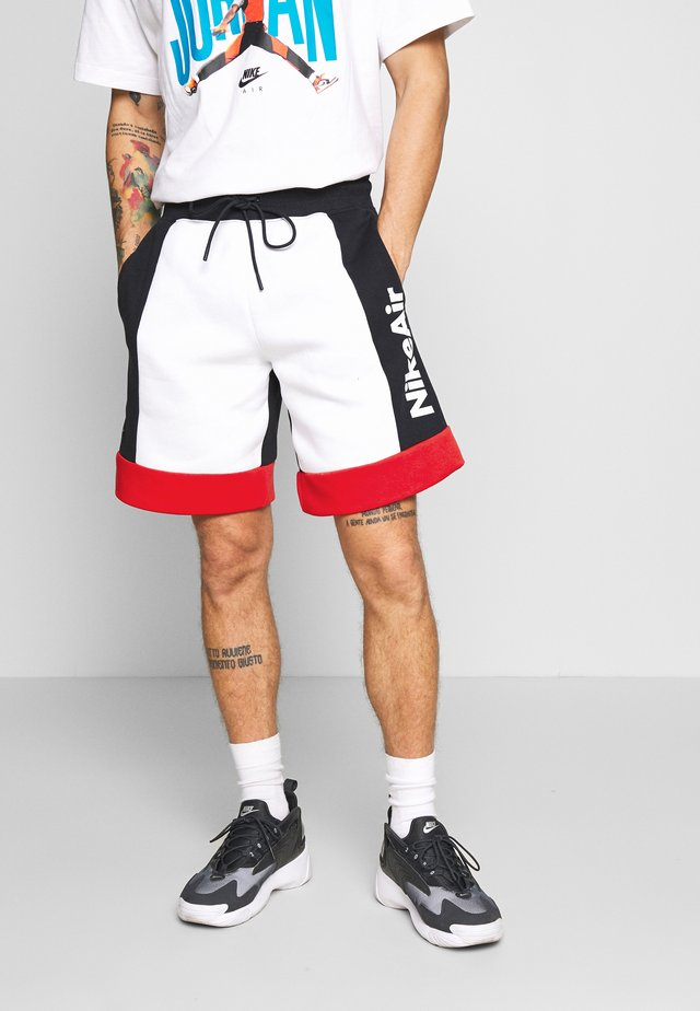 AIR - Pantalones deportivos - white/black/university red