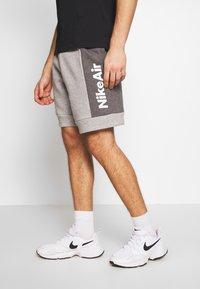 Nike Sportswear - AIR - Trainingsbroek - grey/charcoal - 3