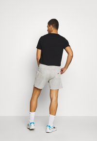 Nike Sportswear - WASH - Trainingsbroek - smoke grey - 2