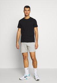 Nike Sportswear - WASH - Trainingsbroek - smoke grey - 1
