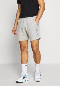 Nike Sportswear - WASH - Trainingsbroek - smoke grey - 0