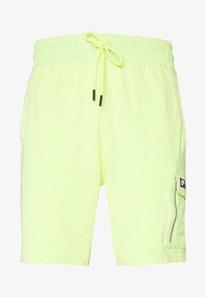 M NSW ME SHORT LTWT MIX - Shorts - limelight
