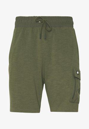 M NSW ME SHORT LTWT MIX - Shorts - khaki