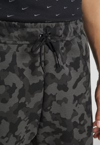 Nike Sportswear - Shortsit - black/(black) - 4