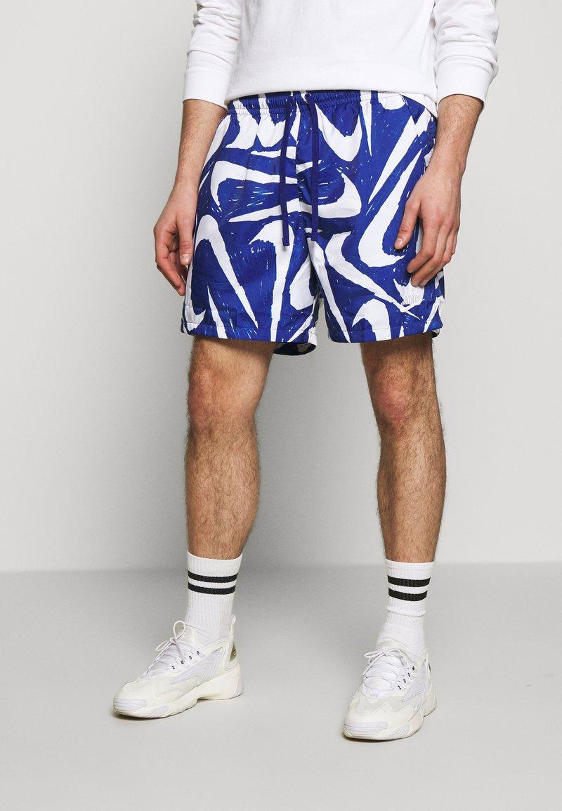 Nike Sportswear - FLOW - Shorts - deep royal blue/white