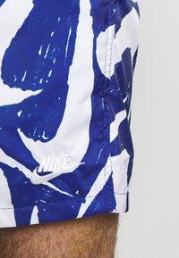 Nike Sportswear - FLOW - Shorts - deep royal blue/white - 4
