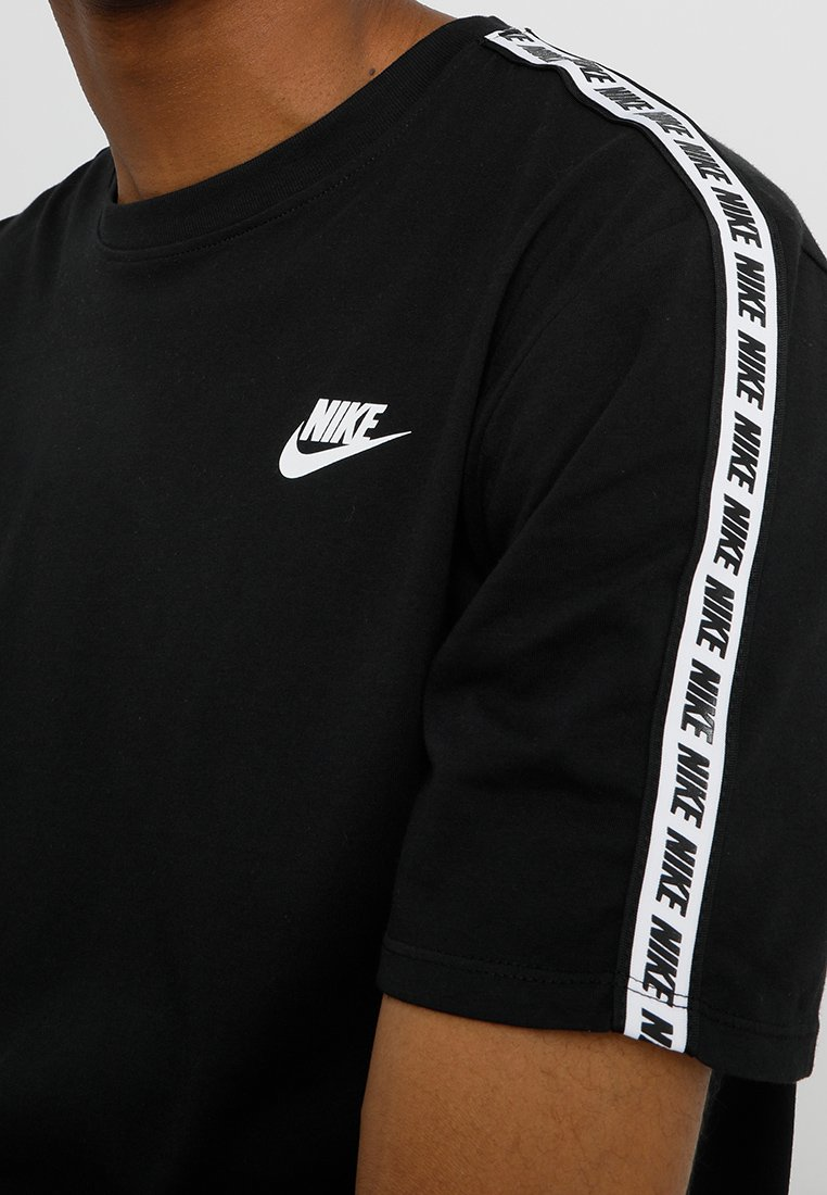 Nike Sportswear M NSW REPEAT SS TEE - T-shirt z nadrukiem - black/white