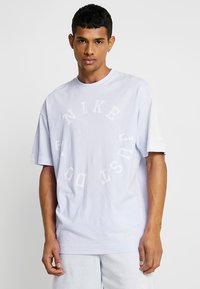 Nike Sportswear - TOP WASH - T-shirt med print - half blue - 0
