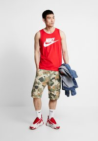 Nike Sportswear - TANK ICON FUTURA - Linne - university red/white - 1