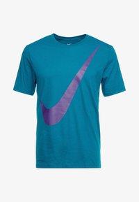 geode teal/court purple