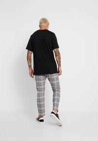 Nike Sportswear - TEE - T-shirts print - black - 2