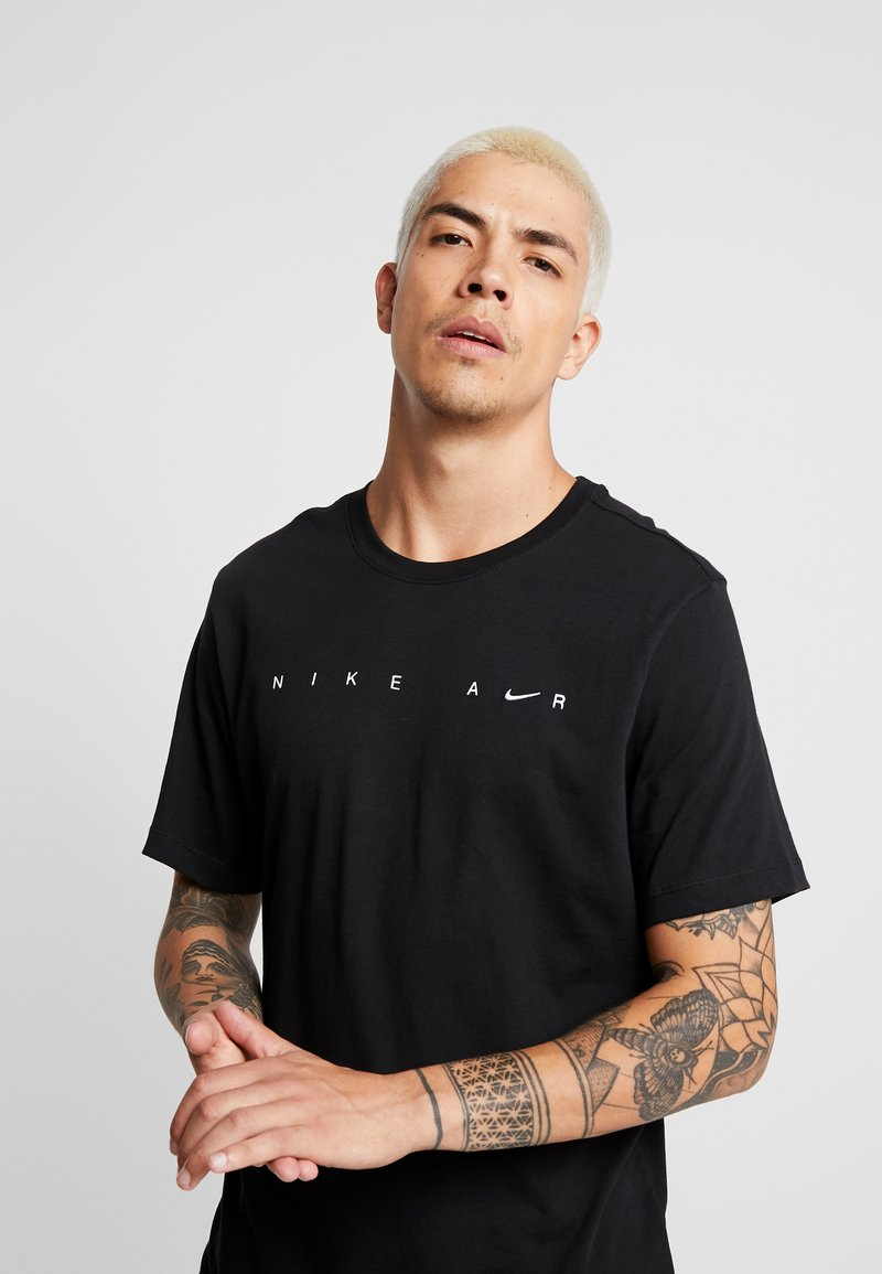 Nike Sportswear - TEE - Camiseta estampada - black